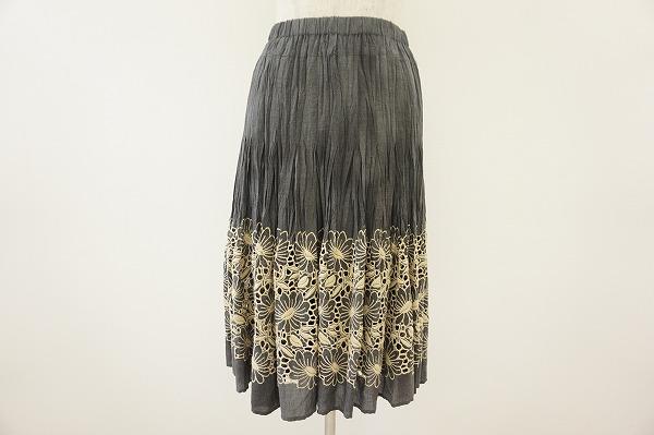ヒロコビス スカート刺繍