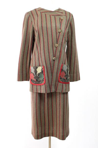 サイトウトヨコ/ニット スカートスーツ