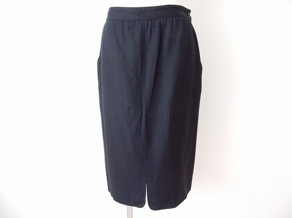 ヘルノ スカート