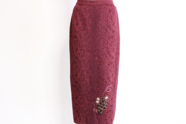 アトリエサガン/ぶどう刺繍スカート