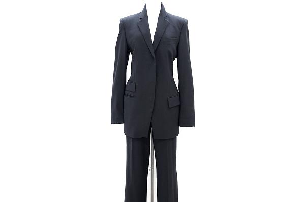 グッチ パンツスーツ
