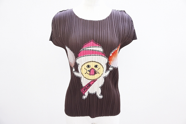 プリーツプリーズ Tシャツ