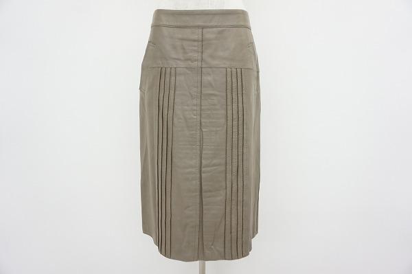 ヨシエイナバ レザースカート
