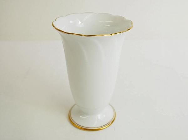 大倉陶園 ゴールド 陶器 花瓶 白磁
