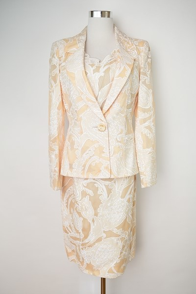 銀座マギー スカートスーツ