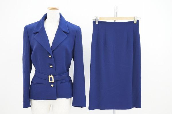 セリーヌ ベルト付きスカートスーツ