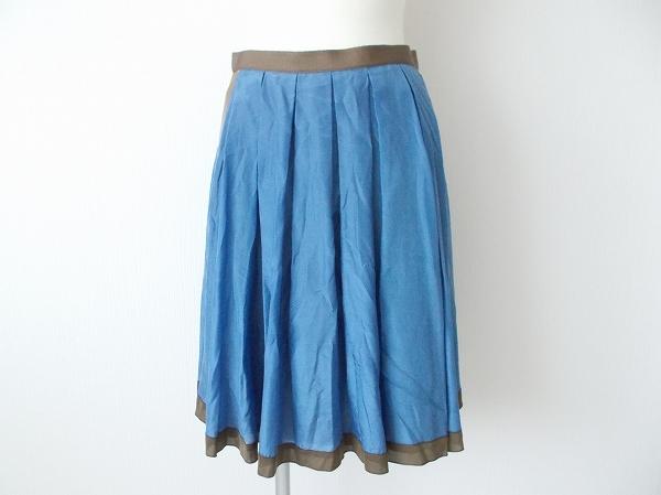 シンクロクロッシング スカート