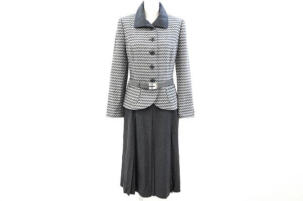 ジュンアシダ ベルト付きスカートスーツ