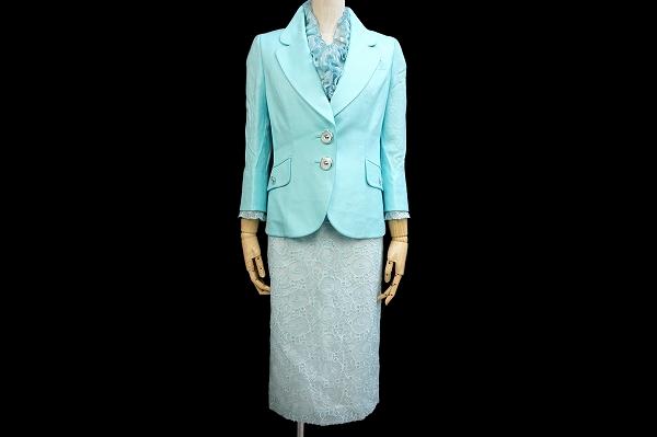 スタック 襟飾り付きスカートスーツ