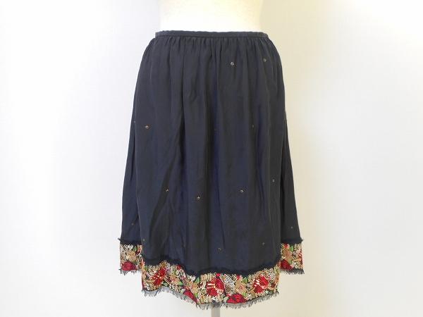 トッカ 膝丈シルク花柄フレアスカート