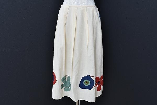 イヴサンローラン 花刺繍スカート