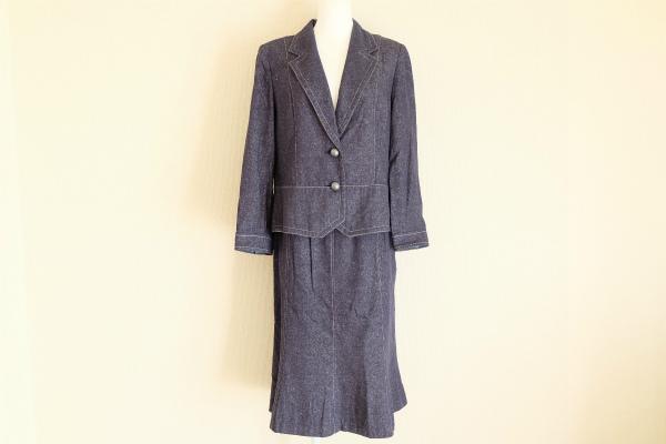レオナール シルクスカートスーツ