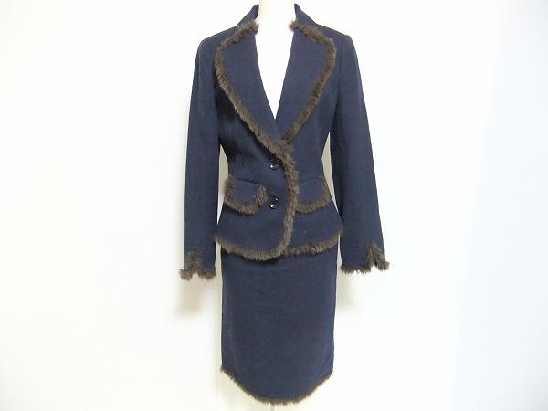 ユキトリイ フェイクファースカートスーツ