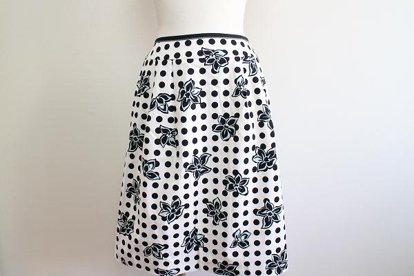 コージワタナベ 花柄ドットプリーツスカート