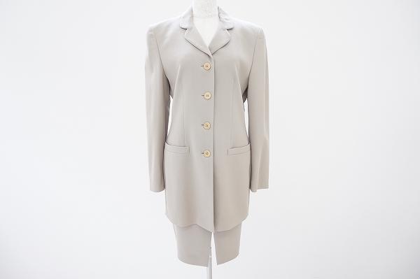 ジョルジオアルマーニ スカートスーツ