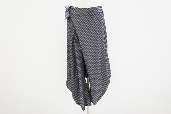 萌センソユニコ ストライプ変形パンツ