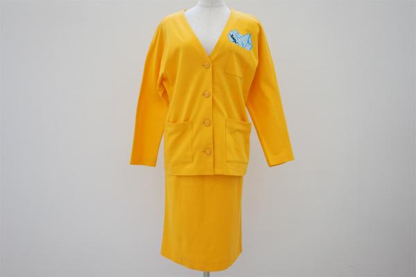 イヴサンローラン スカートスーツ