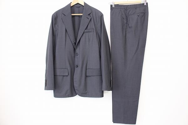 プラダ スーツ