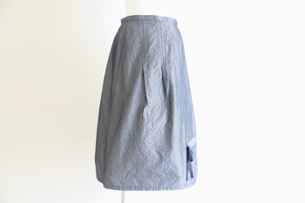 ティービーセンソユニコ ドット柄スカート