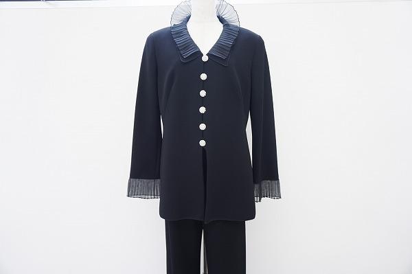 ハナイユキコ パンツスーツ