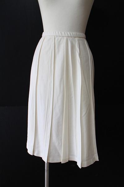 ユキトリイインターナショナル ウールプリーツスカート