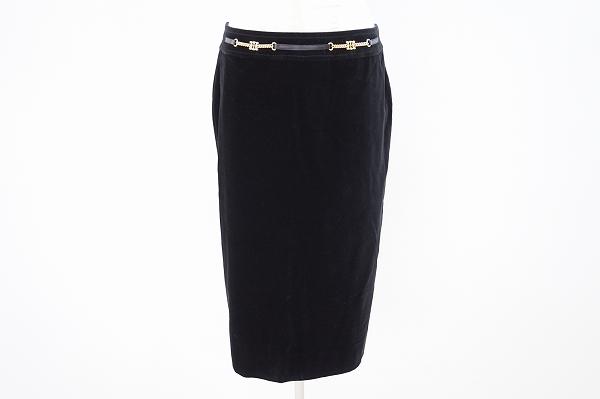 セリーヌ ベルト付きタイトスカート