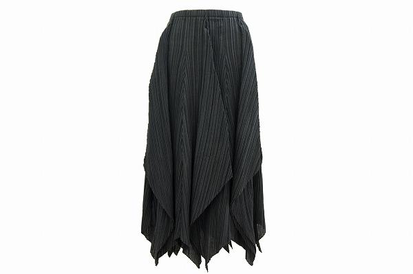 イッセイミヤケフェット スカート