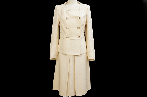 セリーヌ スカートスーツ