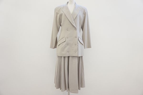 トクコ スカートスーツ