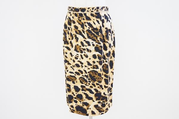 レオナール レオパード柄スカート