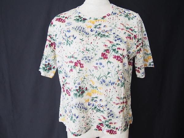 バラ色の暮し 花柄半袖カットソー