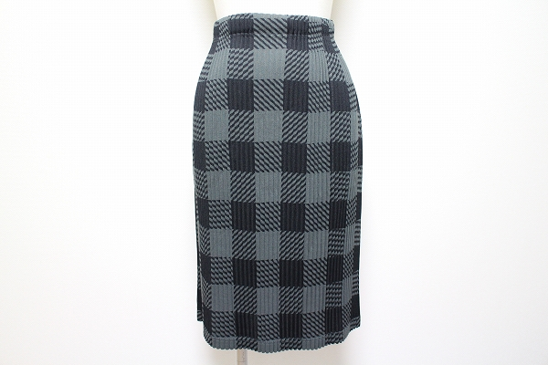 プリーツプリーズ スカート