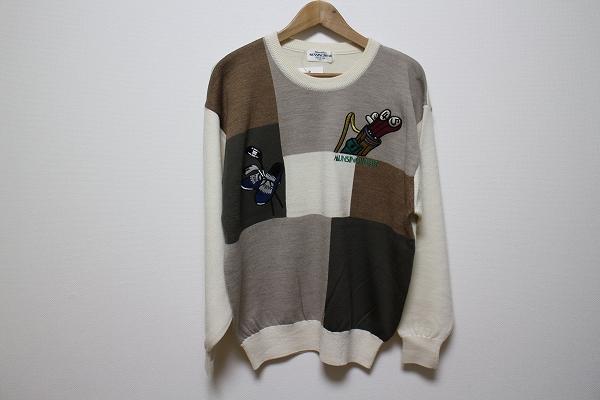 マンシングウェア 刺繍ニットセーター