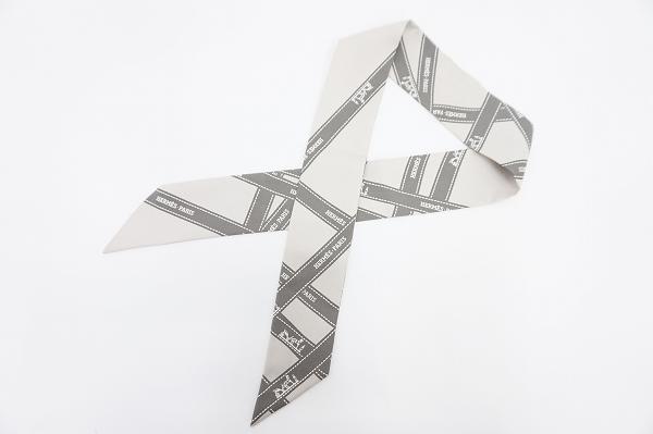 エルメス リボンスカーフ