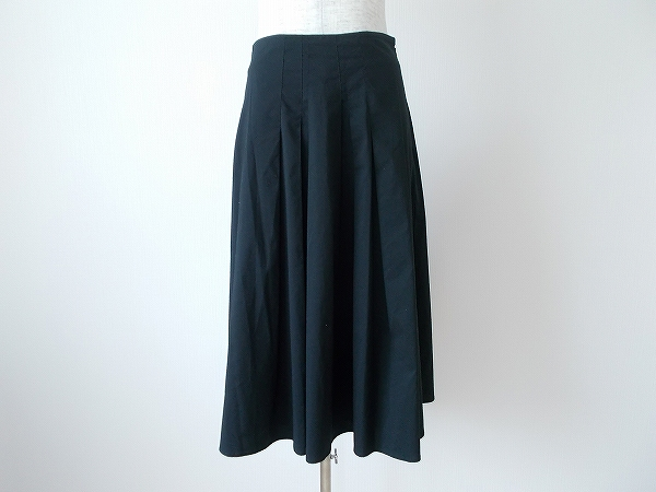 ホコモモラ スカート