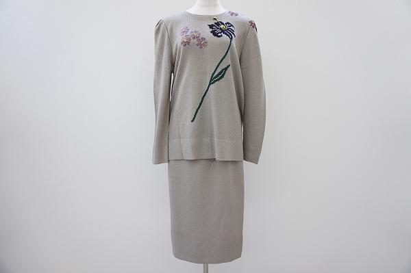 斉藤都世子 スカートスーツ