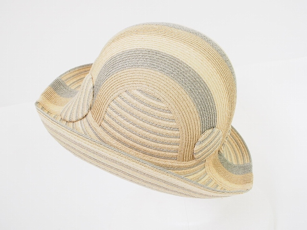 アキオヒラタ 帽子