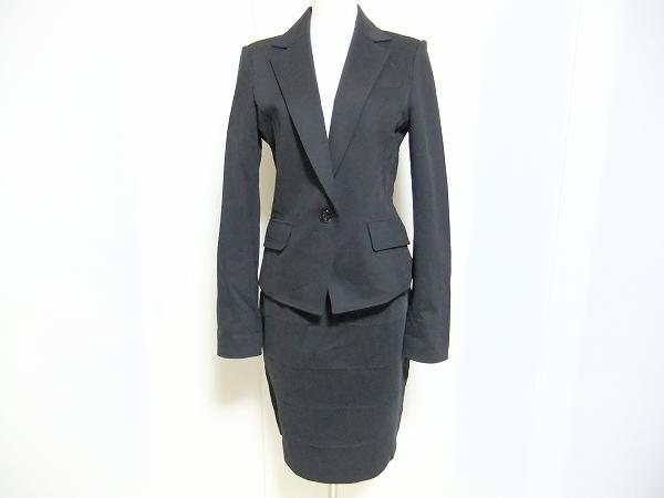 ナラカミーチェ スカートスーツ