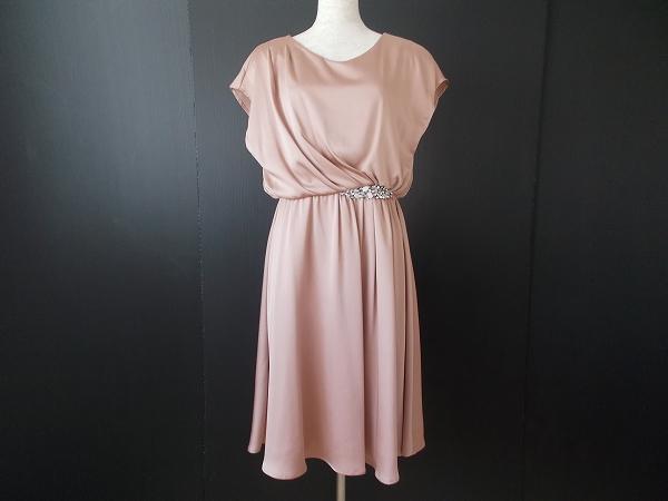 ストロベリーフィールズ ウエストビジューワンピースドレス