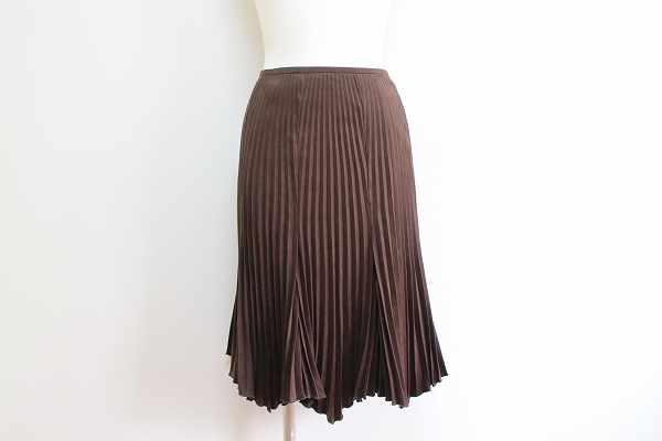 ルーニィ プリーツフレア膝丈スカート