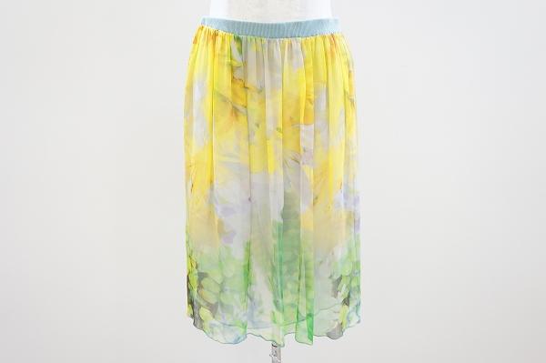 マーロ シルク花柄スカート