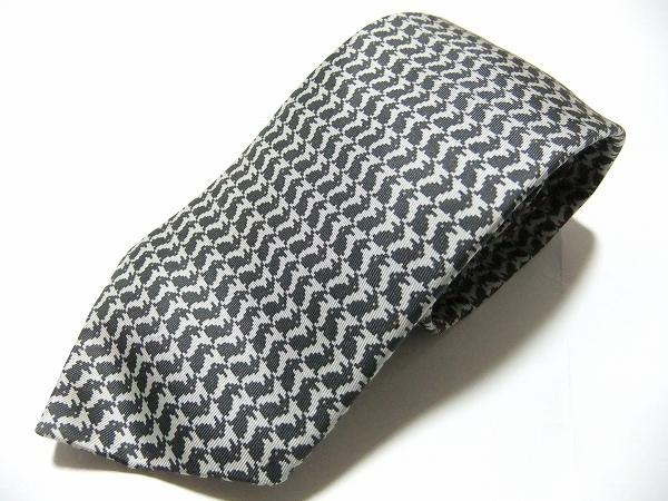 エルメス ウサギ柄ネクタイ