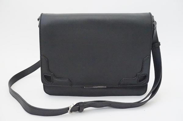 カルティエ マルチェロパスケース付きレザーショルダーバッグ