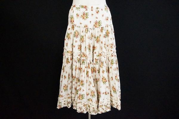 ピンクハウス バラ柄スカート