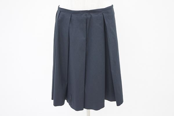 プラダ シルク混巻きスカート