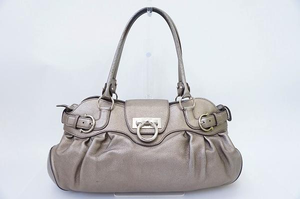 サルヴァトーレフェラガモ ガンチーニAB-215370レザーハンドバッグ