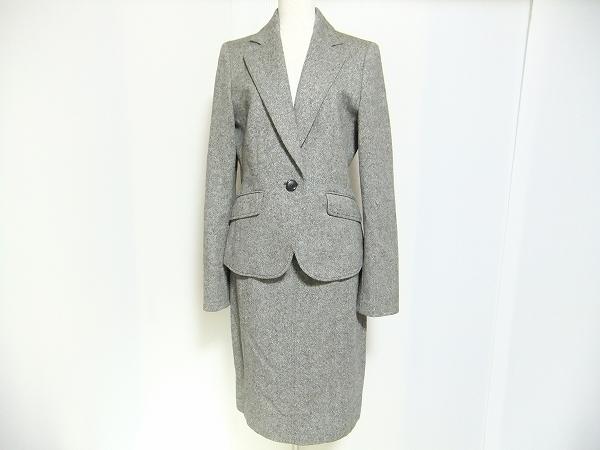 ニジュウサンク スカートスーツ