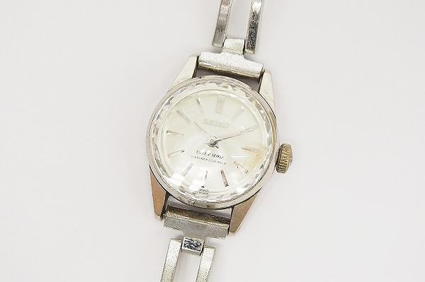 クイーンセイコー DIASHOCK手巻き腕時計
