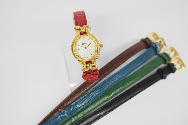 フェンディ チェンジベルトレザー腕時計