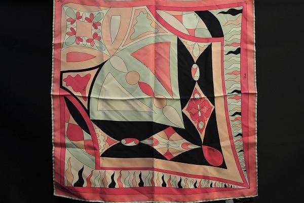 エミリオプッチ シルクプッチ柄スカーフ
